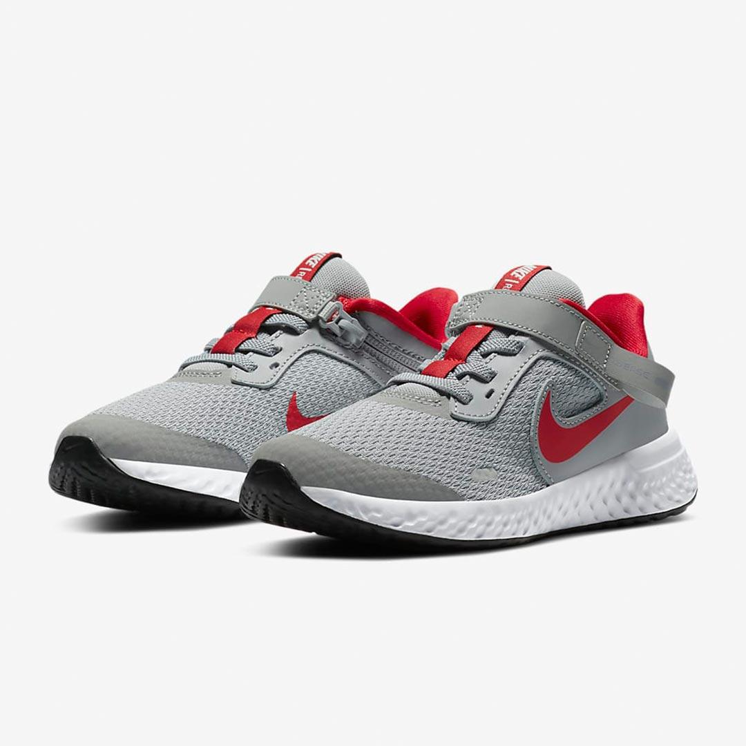 Nike Revolution 5 FlyEase CQ4649-013